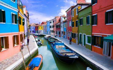 תעלות וונציה וסירות התושבים